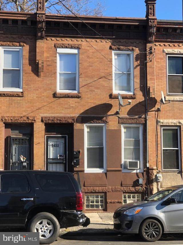 2433 N 33RD Street, PHILADELPHIA, PA 19132 (#PAPH978402) :: The Dailey Group
