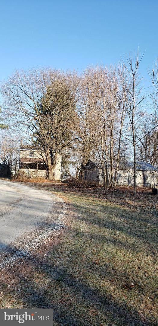 11395 Gum Tree Road, BROGUE, PA 17309 (#PAYK151410) :: Flinchbaugh & Associates