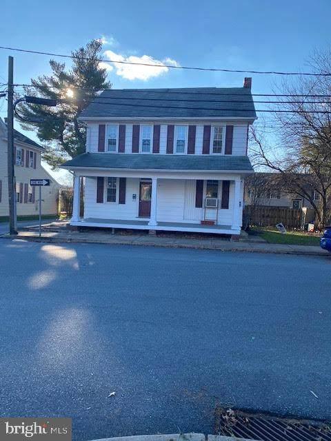 400 N Hanover Street, ELIZABETHTOWN, PA 17022 (#PALA176076) :: The Joy Daniels Real Estate Group