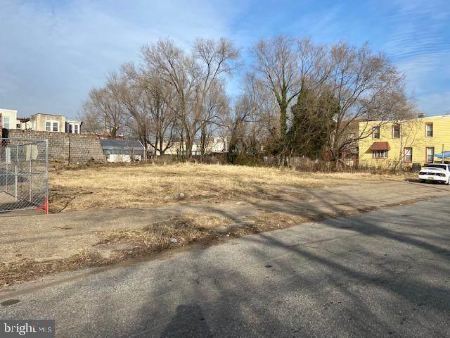 341-343 Pine Street, CAMDEN, NJ 08103 (#NJCD411536) :: Bob Lucido Team of Keller Williams Integrity