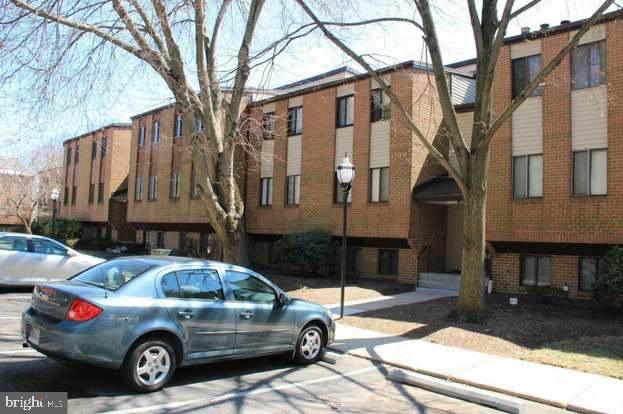9 Suntop Court T-1, BALTIMORE, MD 21209 (#MDBC517730) :: Jacobs & Co. Real Estate