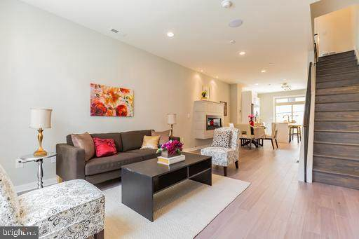 1439 S Taylor Street, PHILADELPHIA, PA 19146 (#PAPH980436) :: The Dailey Group