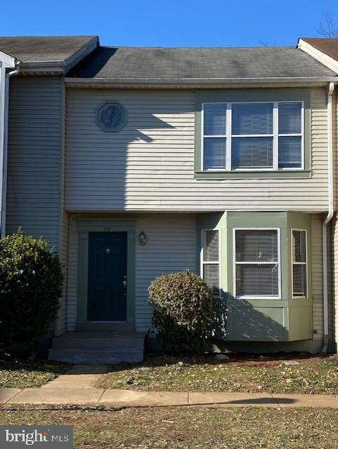 209 Aviary Street, WARRENTON, VA 20186 (#VAFQ168762) :: The Riffle Group of Keller Williams Select Realtors