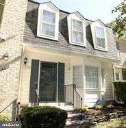10055 Maple Leaf Drive, GAITHERSBURG, MD 20886 (#MDMC741706) :: ExecuHome Realty
