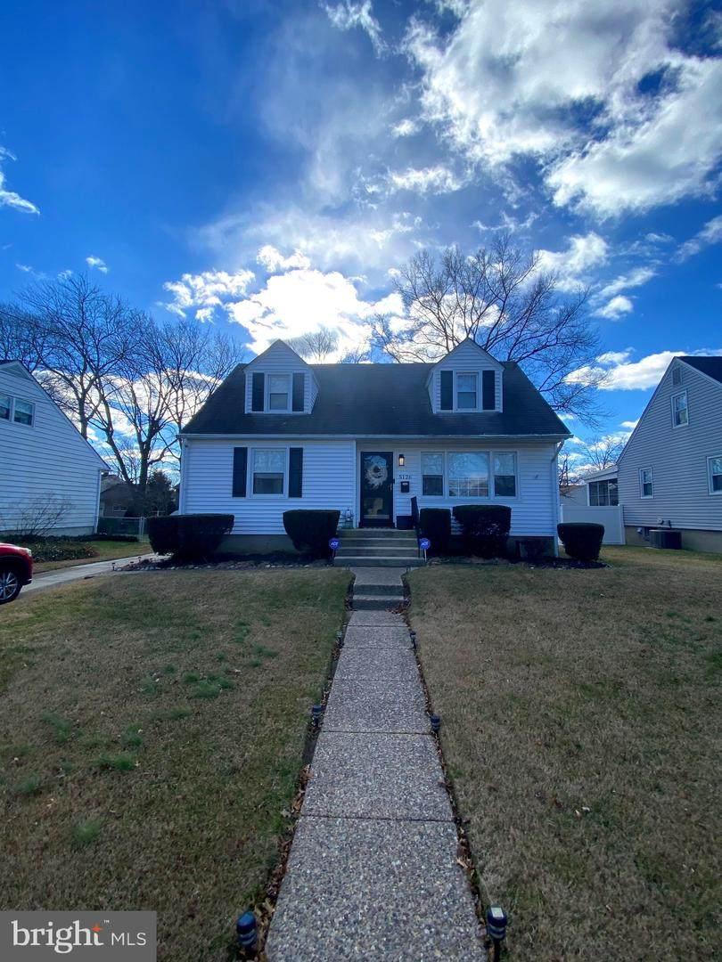 5126 Garfield Avenue - Photo 1