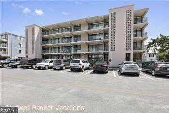 13 44TH Street #206, OCEAN CITY, MD 21842 (#MDWO119708) :: Bright Home Group