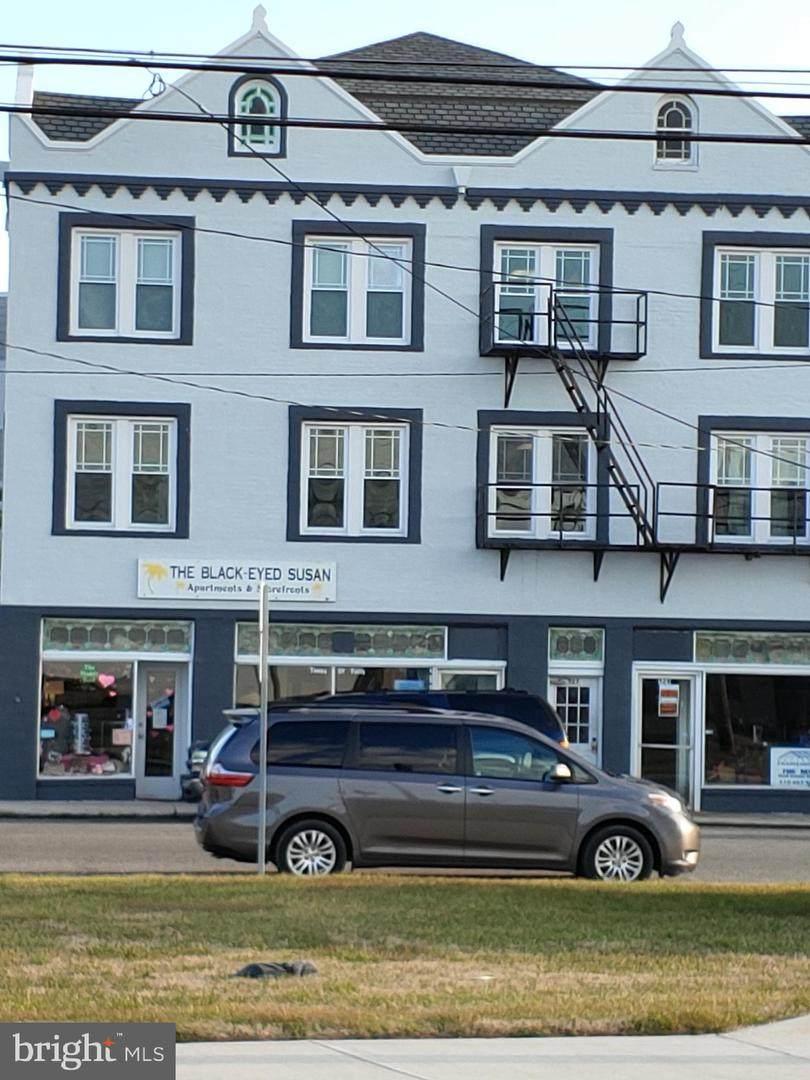527 Main Street - Photo 1