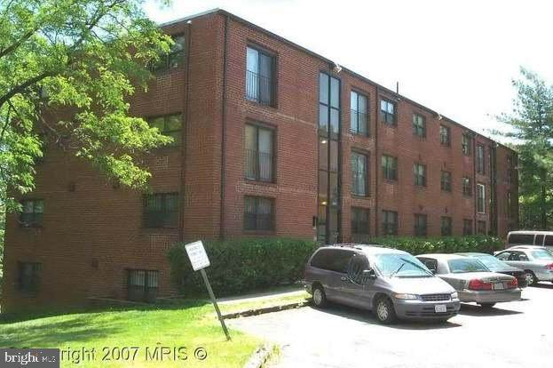 3415 SE 5TH Place NW #34, WASHINGTON, DC 20032 (#DCDC505342) :: Bruce & Tanya and Associates
