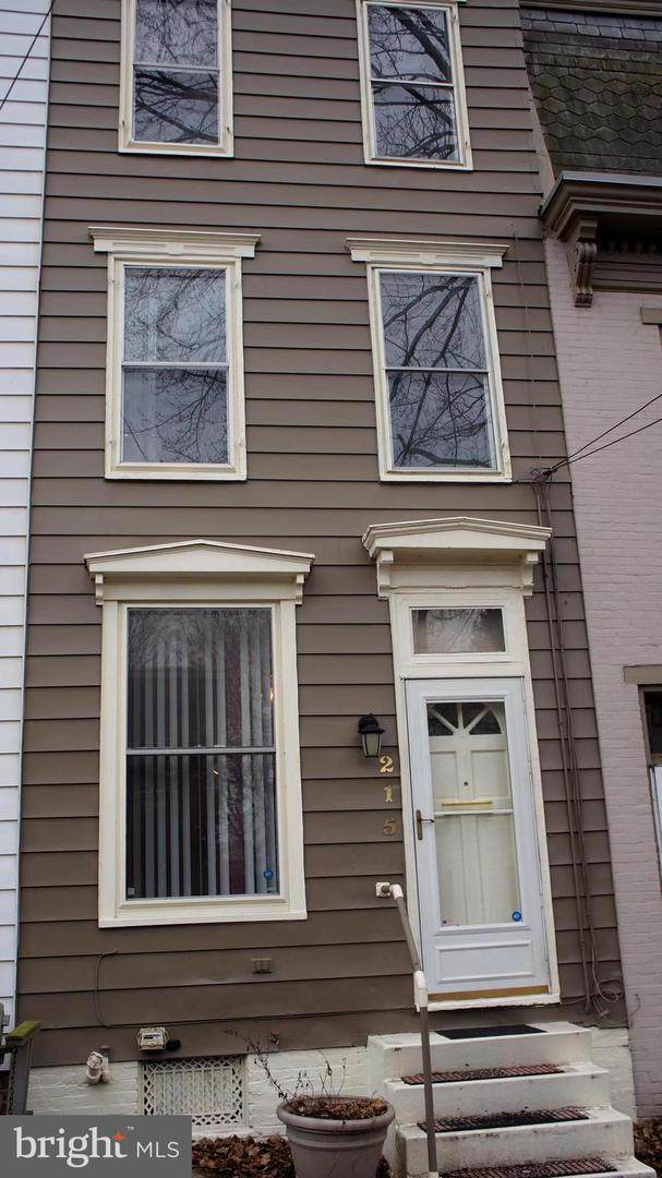215 Calder Street, HARRISBURG, PA 17102 (#PADA129676) :: The Joy Daniels Real Estate Group