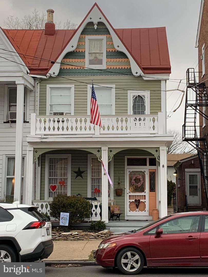 419 Radcliffe Street - Photo 1