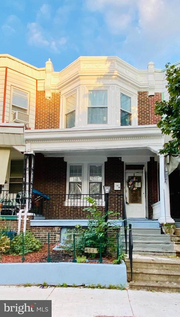 3831 N Smedley Street, PHILADELPHIA, PA 19140 (#PAPH984102) :: Lee Tessier Team