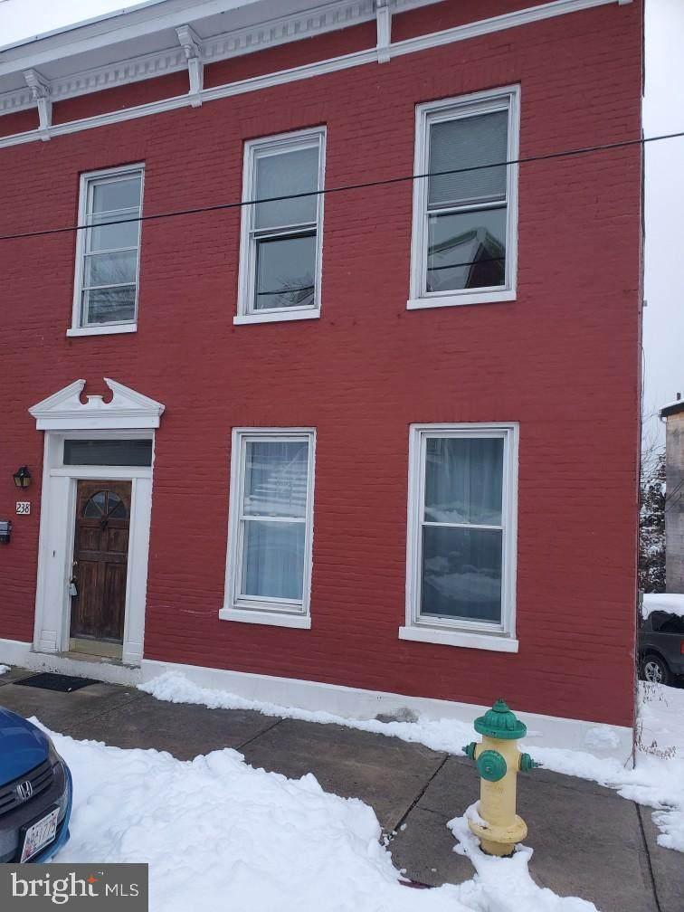 238 Columbia Street - Photo 1