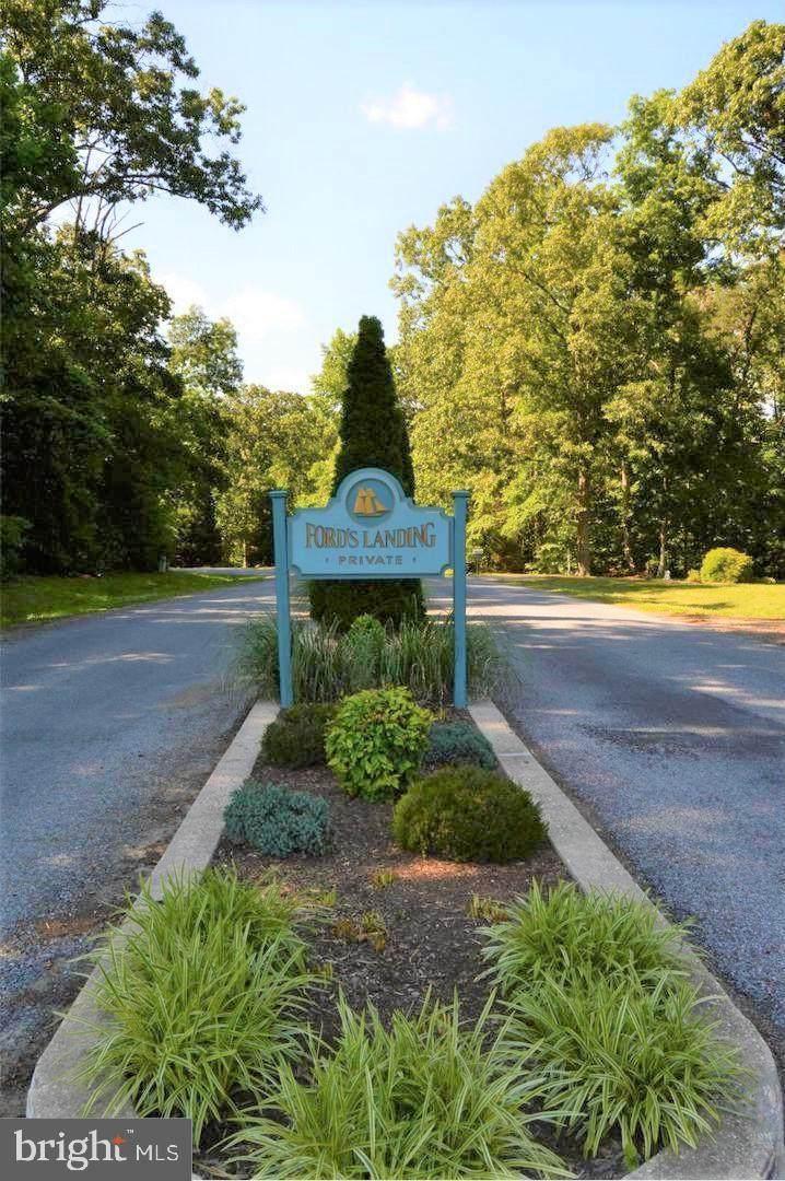 334 Fords Landing Lane - Photo 1