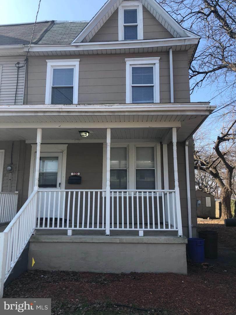 105 Cedar Avenue - Photo 1