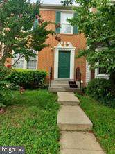 21240 Hedgerow Terrace, ASHBURN, VA 20147 (#VALO430296) :: Crews Real Estate