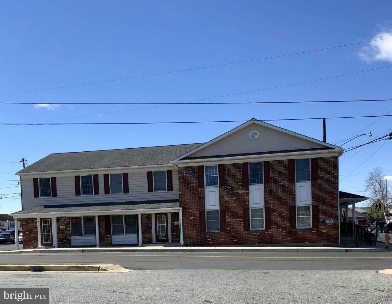 515 Charles Street - Photo 1