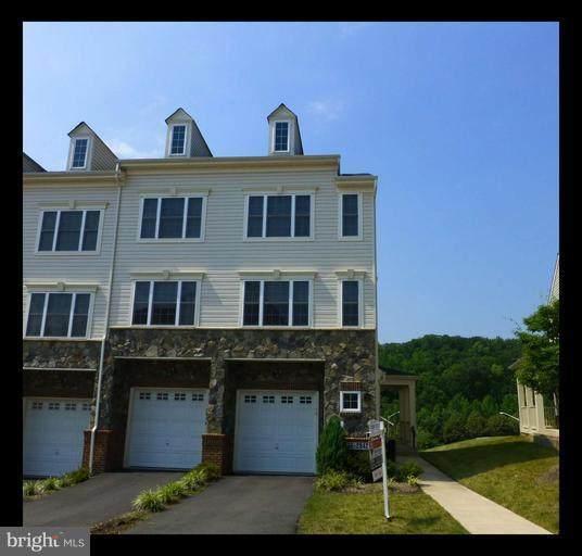 2836 Chinkapin Oak Lane #212, WOODBRIDGE, VA 22191 (#VAPW514944) :: Corner House Realty