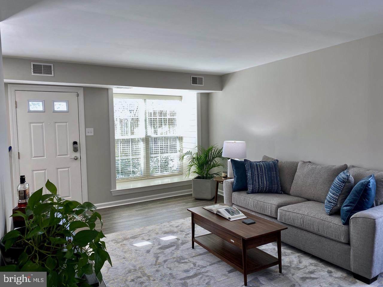 205 Middleton Place - Photo 1