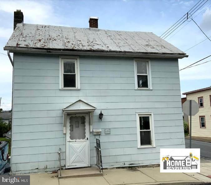 403 Queen Street - Photo 1