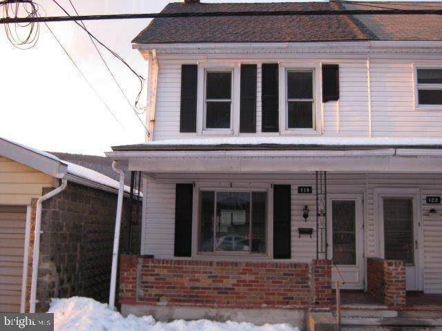118 E Center Street, NESQUEHONING, PA 18240 (#PACC117406) :: Revol Real Estate