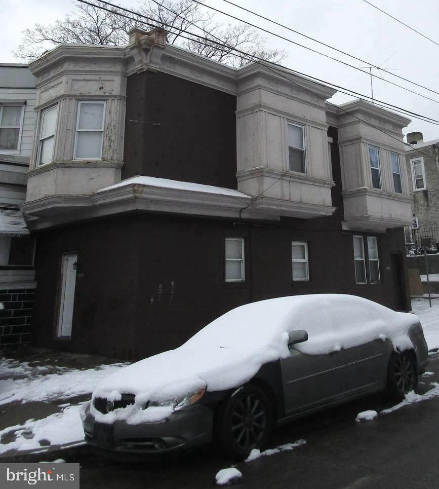 5701 Hadfield Street - Photo 1