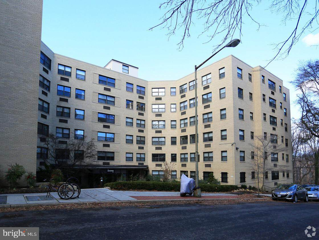 1801 Clydesdale Place - Photo 1
