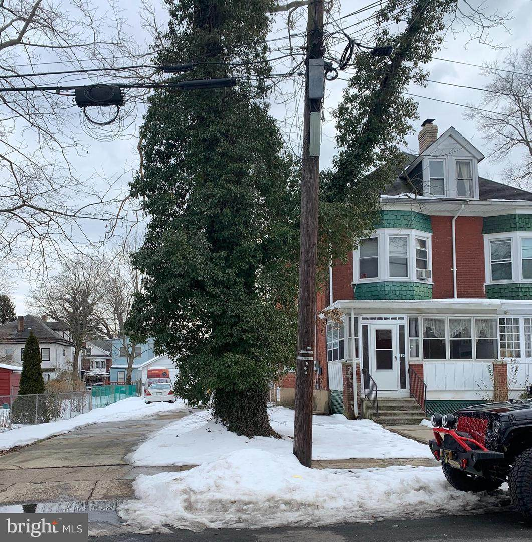 310 Hillcrest Avenue - Photo 1
