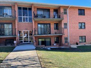 1749-104 Edgewood Hill Circle #104, HAGERSTOWN, MD 21740 (#MDWA177990) :: AJ Team Realty