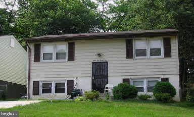 6621 Valley Park Road, CAPITOL HEIGHTS, MD 20743 (#MDPG597808) :: Revol Real Estate