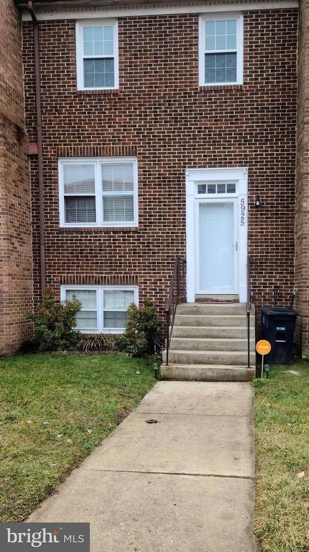 5925 Surratts Village Drive, CLINTON, MD 20735 (#MDPG597826) :: The Matt Lenza Real Estate Team