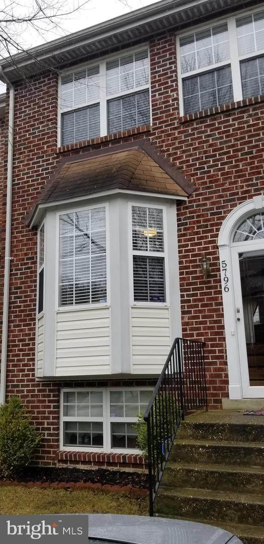 5796 E. Boniwood Turn, CLINTON, MD 20735 (#MDPG597852) :: Dart Homes
