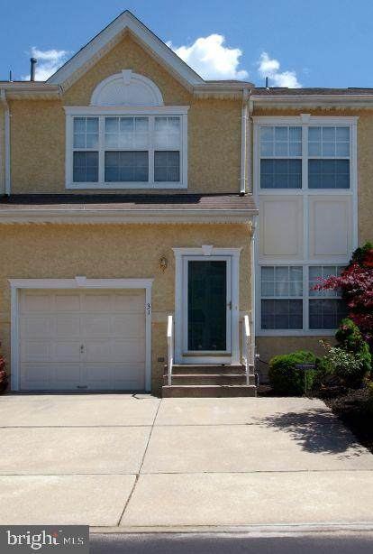 31 Versailles Boulevard, CHERRY HILL, NJ 08003 (#NJCD414032) :: McClain-Williamson Realty, LLC.