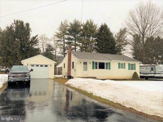 3345 Mountain Avenue, HELLERTOWN, PA 18055 (#PABU521282) :: McClain-Williamson Realty, LLC.