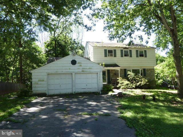 1034 Longspur Road, NORRISTOWN, PA 19403 (#PAMC684002) :: Linda Dale Real Estate Experts