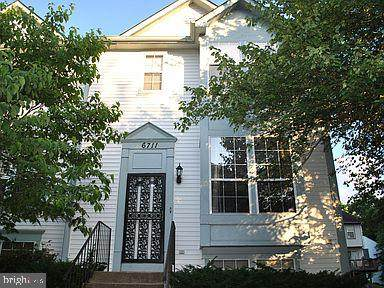 6711 Mountain Lake Place, CAPITOL HEIGHTS, MD 20743 (#MDPG598162) :: Network Realty Group