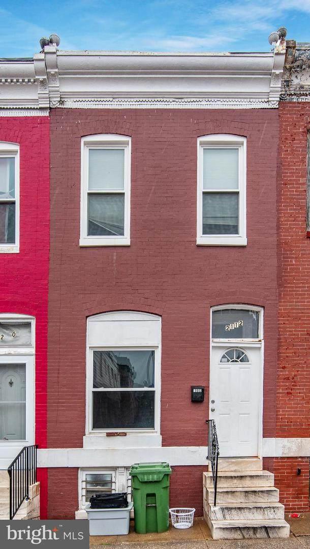 2112 E Federal Street, BALTIMORE, MD 21213 (#MDBA541590) :: VSells & Associates of Compass