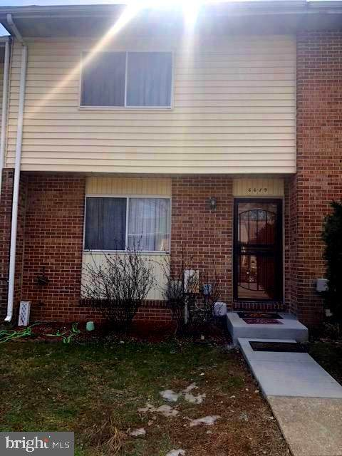 6619 Spring Mill Circle, BALTIMORE, MD 21207 (#MDBC521296) :: The Vashist Group