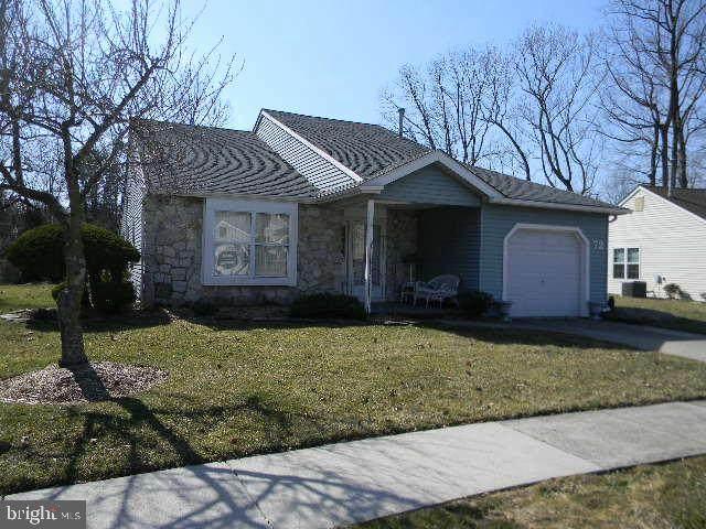 72 Lakebridge Drive, DEPTFORD, NJ 08096 (#NJGL271916) :: Linda Dale Real Estate Experts