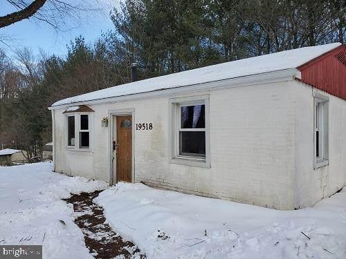 19518 Elk Ridge Drive, KEEDYSVILLE, MD 21756 (#MDWA178168) :: BayShore Group of Northrop Realty