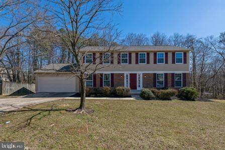 9911 Breezy Knoll Court, LANHAM, MD 20706 (#MDPG599132) :: The Mike Coleman Team