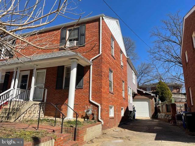 2109 S Oakland Street, ARLINGTON, VA 22204 (#VAAR177606) :: Colgan Real Estate