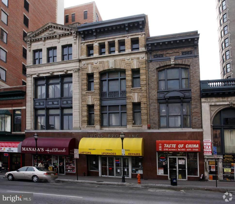 225 Baltimore Street - Photo 1