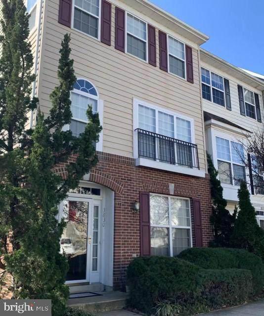 3830 Dominion Mill Drive, ALEXANDRIA, VA 22304 (#VAAX257104) :: Debbie Dogrul Associates - Long and Foster Real Estate