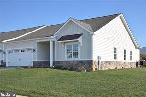 210 Grafton Court, EDINBURG, VA 22824 (#VASH121682) :: Advance Realty Bel Air, Inc