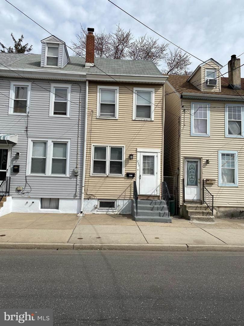235 Essex Street - Photo 1