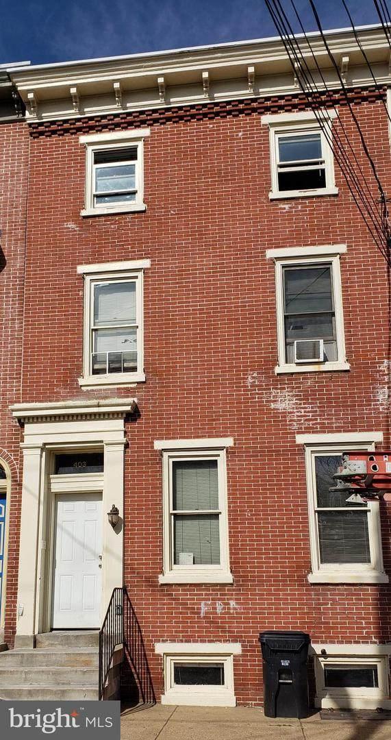 403 6TH Street - Photo 1