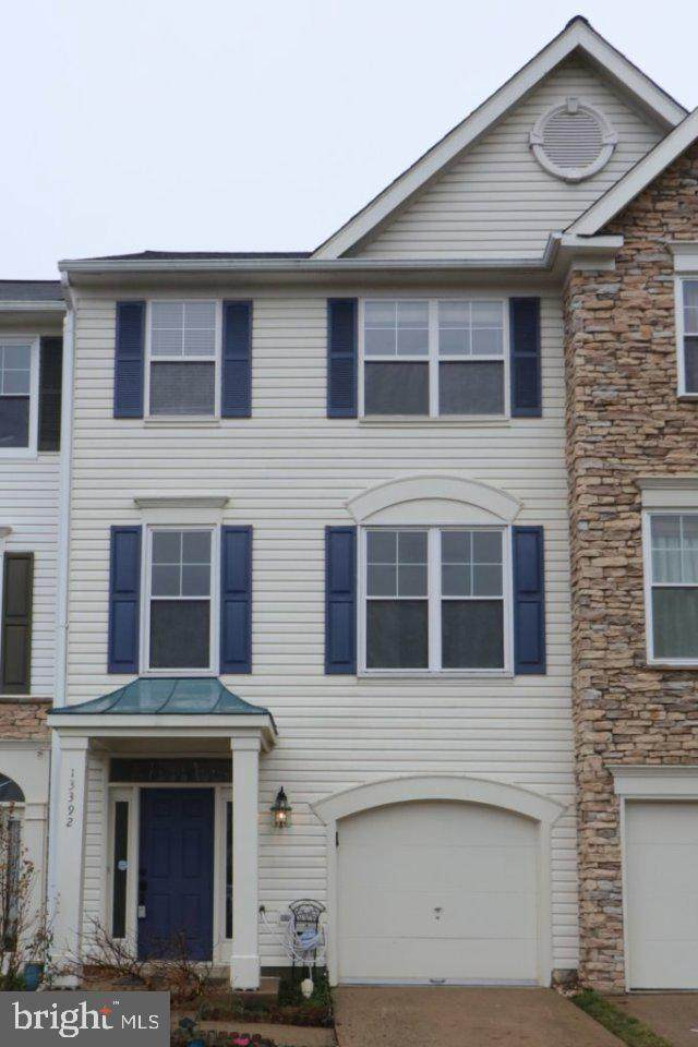 13392 Burrough Farm Drive, HERNDON, VA 20171 (#VAFX1186750) :: City Smart Living