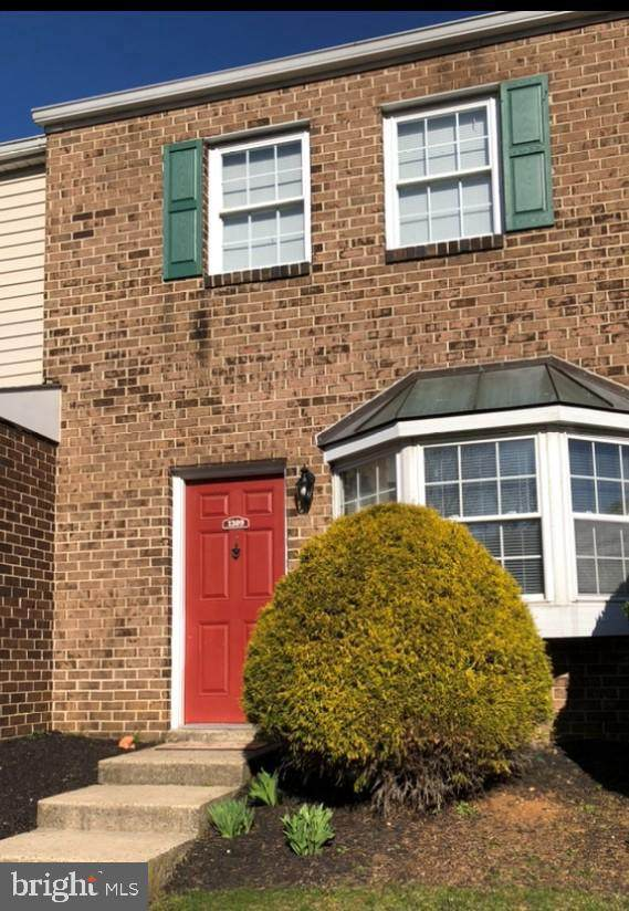 1309 Blue Jay Drive, LANCASTER, PA 17601 (#PALA178786) :: The Joy Daniels Real Estate Group