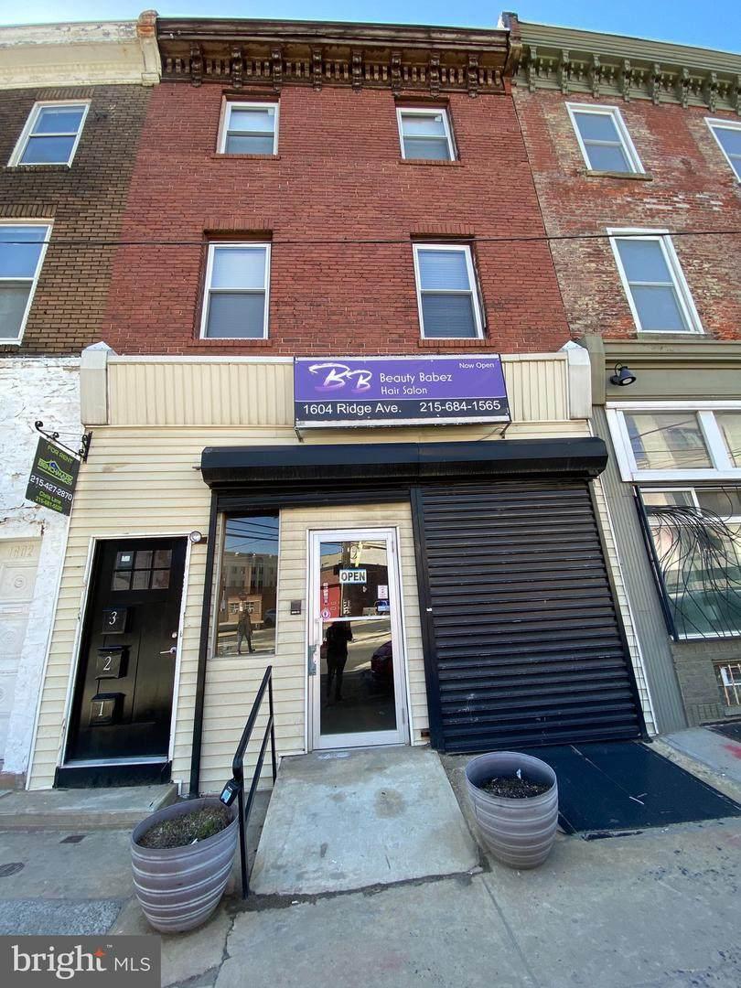 1604 Ridge Avenue - Photo 1