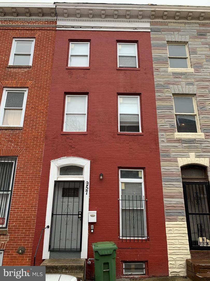 957 Bennett Place - Photo 1